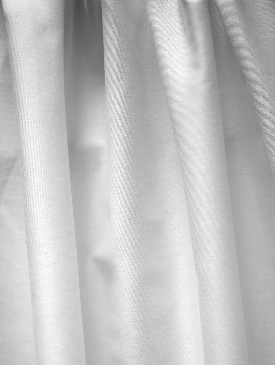 Solid white organic cotton sateen