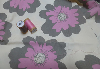 Uncomplicated pink grey on natural organic cotton percale